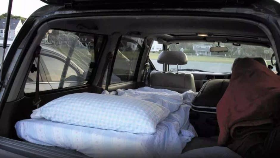 Czy można spać w samochodzie?