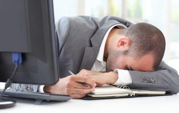 Narkolepsja – objawy, leczenie i przyczyny